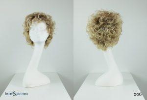 Parrucca naturale con capelli veri corti biondi ricci