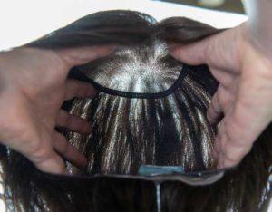 Leoni e Zazzera_particolare calotta fatta a mano_parrucca capelli veri_3
