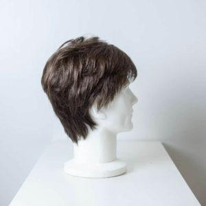 Parrucca capelli sintetici corti castano scuro uomo_retro_Leoni-Zazzera