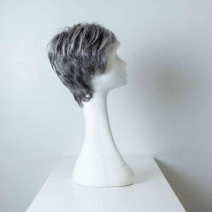 Parrucca capelli sintetici corti colorati nero grigio donna_retro_Leoni-Zazzera