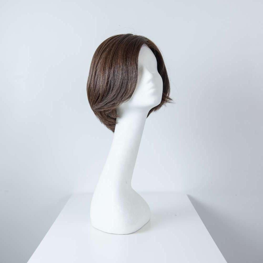 Parrucca capelli veri corti castano scuro lisci donna_fronte_Leoni-Zazzera