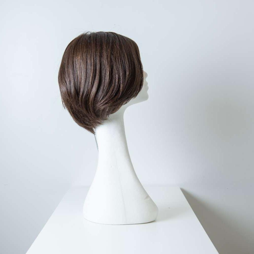 Parrucca capelli veri corti castano scuro lisci donna_retro_Leoni-Zazzera